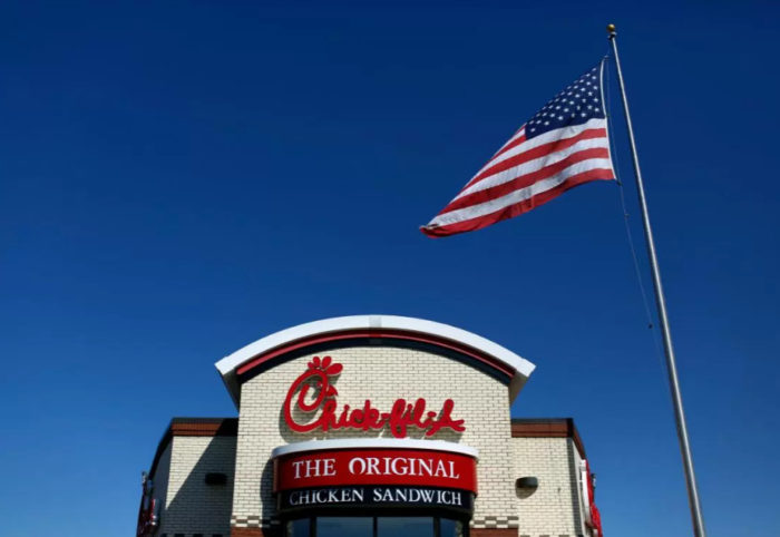 "Chick-fil-A Has ""Missing Man Table"" Set To Honor Those Who Died Serving The U.S."