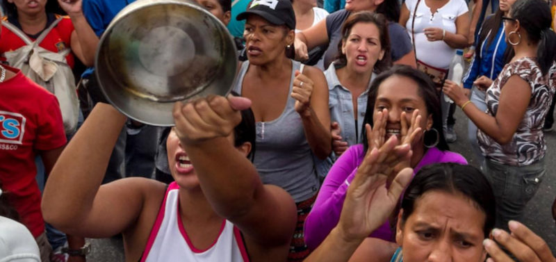 """Venezuela Sends In The Army To Deal With Desperate People Chanting """"We Want Food!"""""""