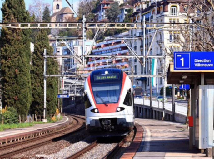 Man Sets Swiss Train On Fire, Then Attacks Passengers With Knife, Including 6 Yr Old Child
