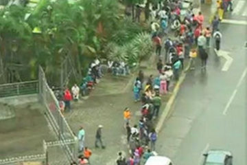 Venezuela In Ruins: Soldiers Force Journalist To Delete Footage Of 12 Hour Food Lines