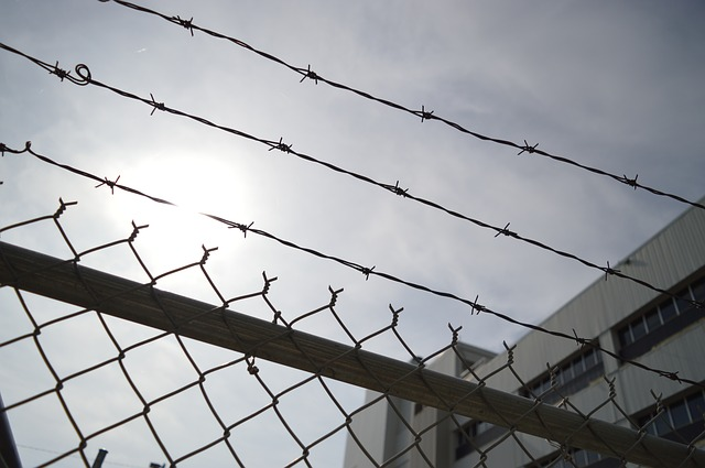 California Transgender Inmates May Soon Be Given Bras, Mascara, & Lip Gloss