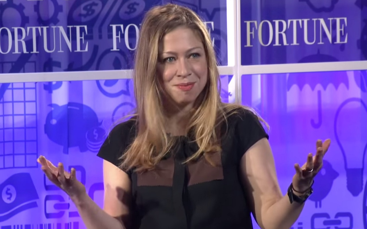 Chelsea Attacks Trump... Ends Up Looking Stupid Again!