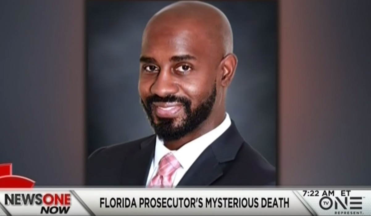 Federal Prosecutor Investigating Fraud in Wasserman Schultz's District Shot Himself In Head... But NO GUN Was Found