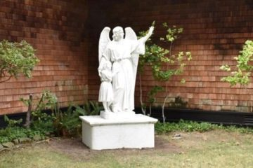 Catholic School Removes Statues of Jesus & Mary To Be More 'Inclusive'
