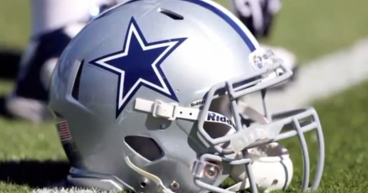Hypocrisy On Full Display: NFL Wouldn't Let Dallas Cowboys Honor Fallen Cops... But Let Players Disrespect America