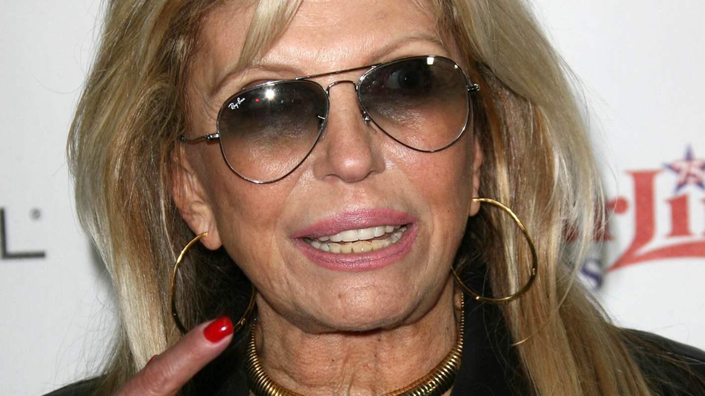Nancy Sinatra Calls For Millions Of NRA Members To Be Put To Death