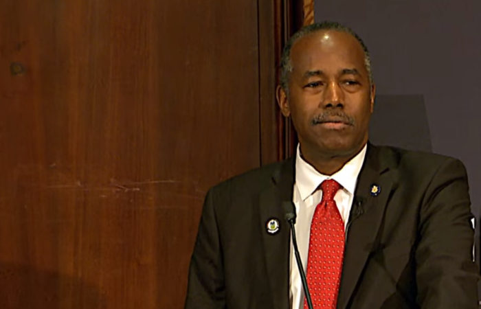 Ben Carson Attacked For White House Bible Study Then Defiantly Declares 'I Will Not Stop Being A Christian'