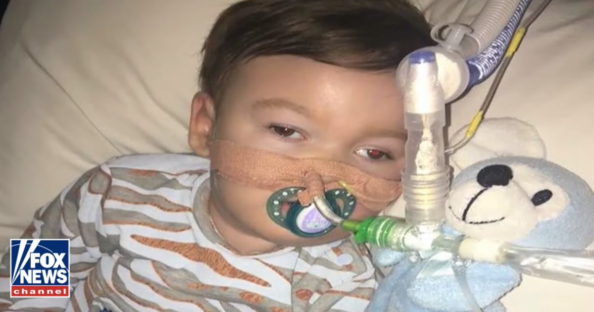 State Refuses To Let Parents Get Treatment: Baby Alfie's Dad Giving Him Mouth-To-Mouth To 'Keep Him Alive'