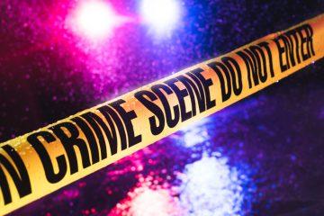 Arizona Woman Shoots Hatchet-Wielding Man
