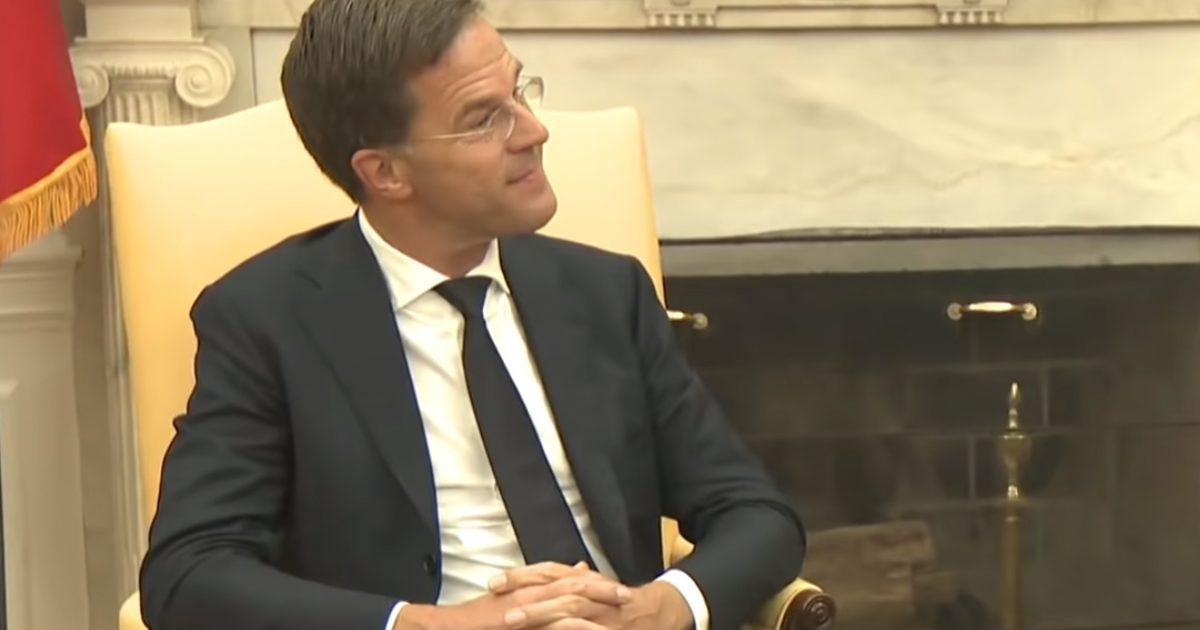 """Netherlands Prime Minister Mark Rutte Stunned By Unruly Press, Asks Trump """"Are They Always Like This?"""""""